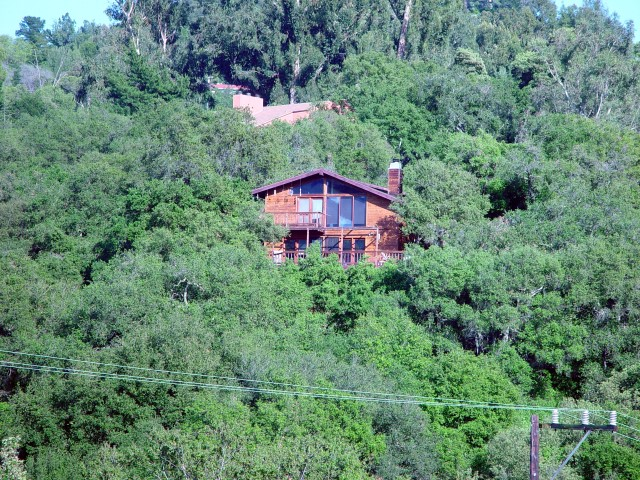 2003 4-6 Topanga homes among woodland & chaparral 4-16-2003 (Small)